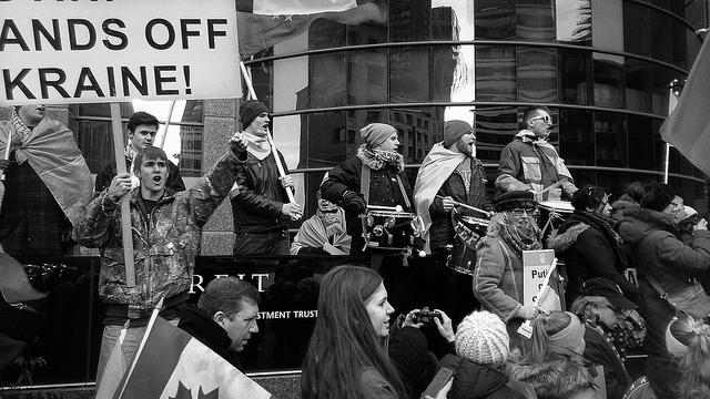 Russian protestors. Flickr - Creative Commons