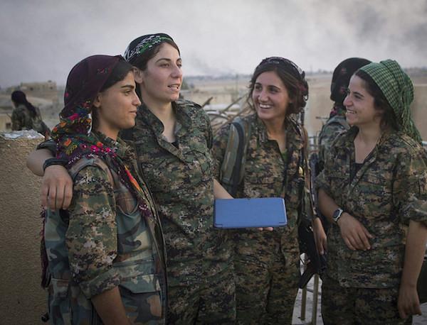 Kurdish YPJ in Rojava